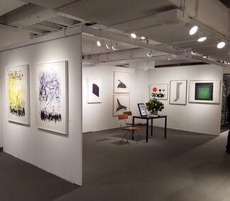Chicago Antiques+Art+Design Show, installation view