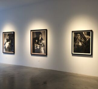Annie Murphy-Robinson - Shadow and Light, installation view