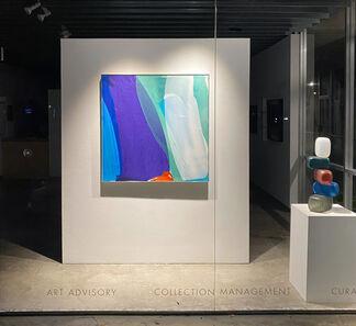 HOLDING LIGHT, installation view