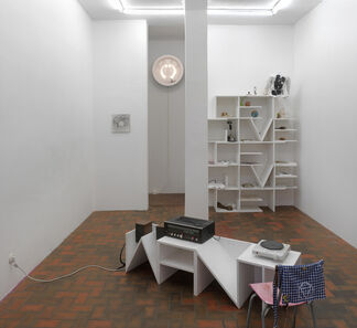 Dirk Bell: Peas & Thyme, installation view