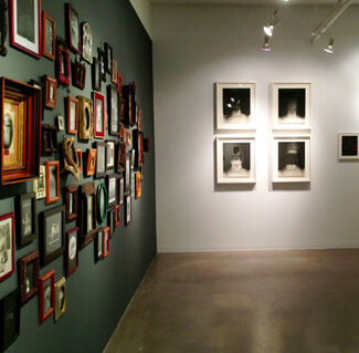 Roz Leibowitz, Doll Portraits, installation view