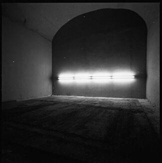 Miroslaw Balka - Vis à Vis, installation view