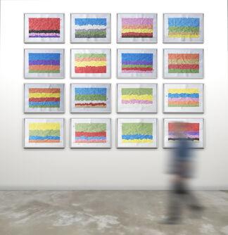 Desgaste de la psicología del color, installation view
