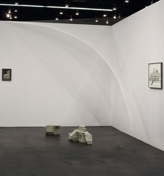 Galerie Jocelyn Wolff at Art Cologne 2018, installation view