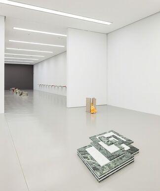Lili Dujourie at Leopold-Hoesch-Museum Düren, installation view