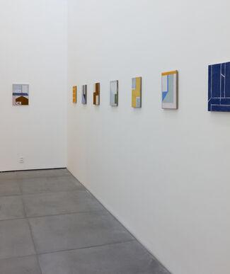 Atalhos, installation view