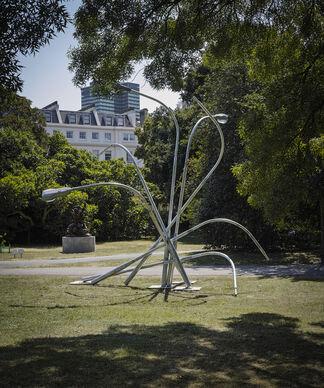 Tyburn Gallery at Frieze Sculpture 2018, installation view