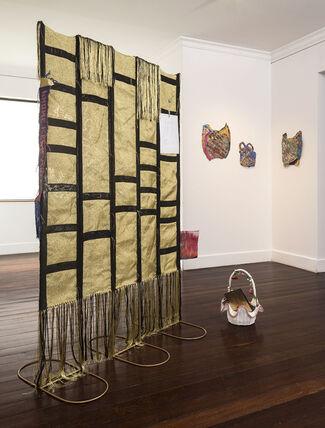 Abstracción textil / Textile Abstraction, installation view