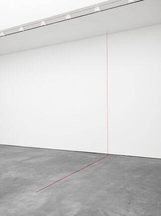 Fred Sandback Vertical Constructions, installation view