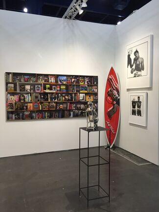 SPONDER GALLERY at Texas Contemporary 2015, installation view