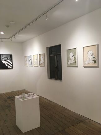 WALLS TO SMALLS, installation view