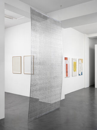 a wrist that turns, installation view