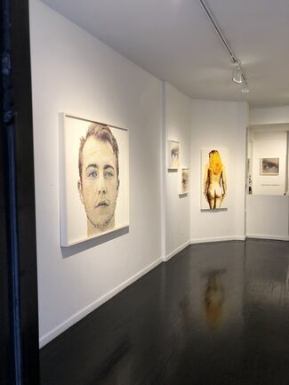 Veloux/Combe, installation view