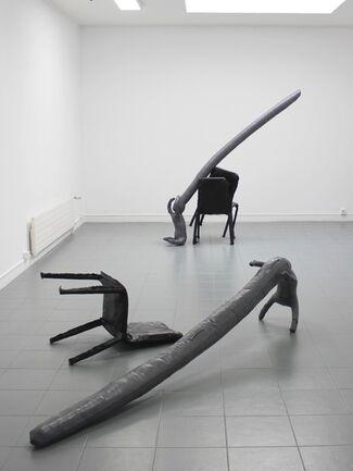 Dorian Sari // Voices, installation view