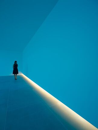 Natural Light, Blue Light Room, installation view