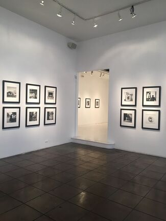 Vivian Maier : Photographs from the Maloof Collection, installation view