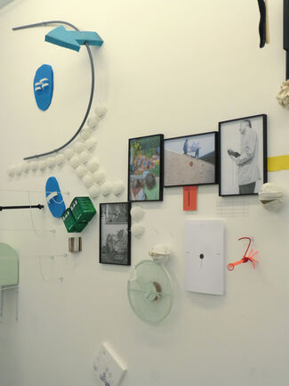 Vibrations OFf, installation view