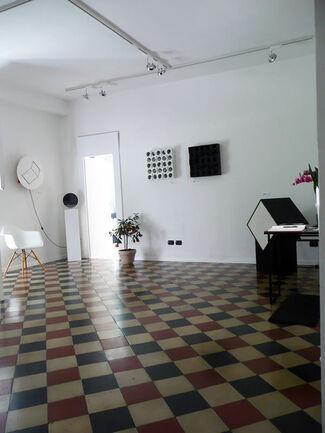 Leggere dagli anni sessanta: Milano, installation view