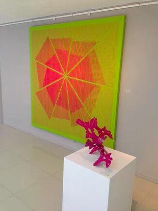 Esculturas y Lienzos: Alejandro Frieri y Daniel Samper, installation view