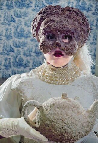 Jennifer Avery: (numb)Charlottes, installation view