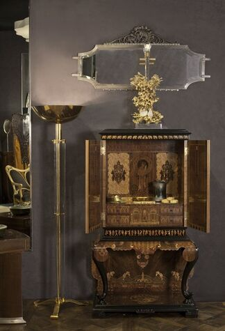 Maison Gerard at Winter Antiques Show 2016, installation view