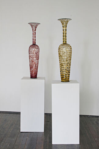 Dante Marioni: New Works & Rik Allen: Out There, installation view