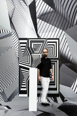 Tobias Rehberger. Home and Away and Outside, installation view