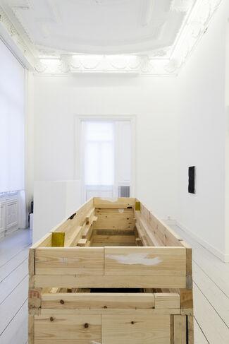 Goodbye Pourbus, Hello Leopold!, installation view