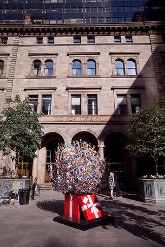 David Kracov: Gift Of Life, Palace Hotel NYC, installation view