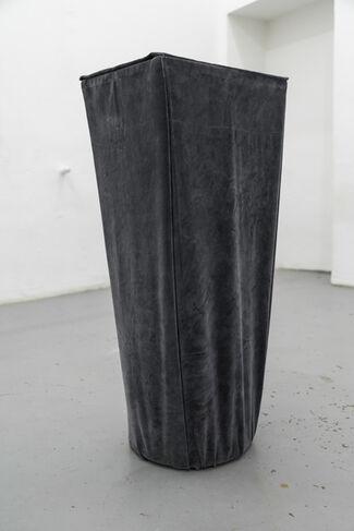 J.H.W.H  GENESIS EX MACHINA - Nicolas Sippel, installation view