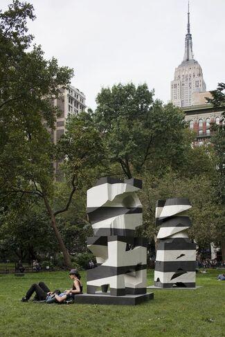 Mel Kendrick: Markers, installation view