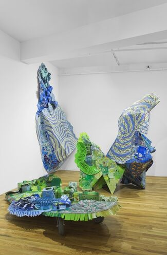 Lisa Hoke: Attention Shoppers, installation view