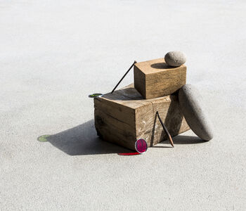 Ilán Rabchinskey, 'Stones, wood, metal, chromatic filters', 2017