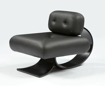 Oscar Niemeyer, 'Lounge chair in black leather with a bentwood base', 2007
