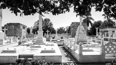 Reva Santo, 'Cementerio', 2017