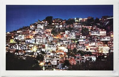 JR, '28 Millimètres, Women Are Heroes - Action dans la favela Morro da Providencia, nightview', 2012