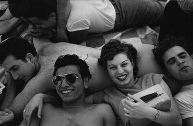 Harold Feinstein, 'Coney Island Teenagers', 1949