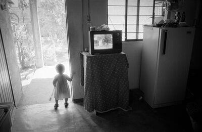 David Darby, ASC, 'Girl and TV, Oaxaca, Mexico', 2001