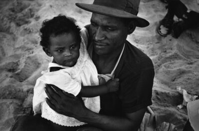 Harold Feinstein, 'Father with Baby Daughter in White Eyelette, Coney Island', 1950