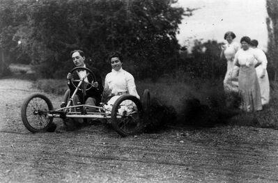 Jacques Henri Lartigue, 'Zissou et Medeleine Thibault, Rouzat', 1911