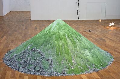 Alicja Kwade, '1979 leere Liter bis zum Anfang', 2010