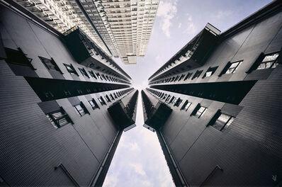 Romain Jacquet-Lagrèze, ''Vertical Horizon #02' Hong Kong', 2011