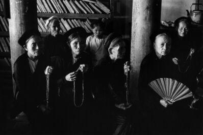 Marc Riboud, 'Femmes priant, Vietnam, 1969', 1969