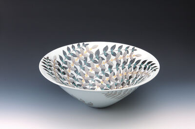 "Yoshida Hiroko, 'Bowl with Murasakishikibu Pattern ""Kirameku""', 2013"
