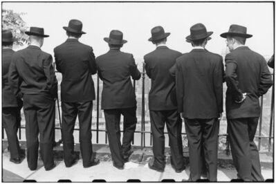 Elliott Erwitt, 'Student priests view city from top of Monongahela Incline. Pittsburgh, Pennsylvania. September, USA.', 1950