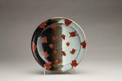 Tomoo Hamada, 'Plate, black and white glazes with akae decoration'