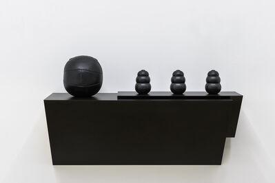 Haim Steinbach, 'everlast kong III - 1', 1990-2006