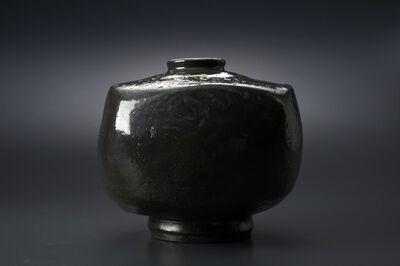 Masaya Yoshimura, '粉引墨染方壷', 2013