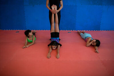 Tasneem Alsultan, 'Mai's daughter, weekly attends a young girls' gym in Jeddah', 2015