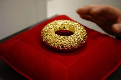 HERMANN, 'The Golden Donut', 2019